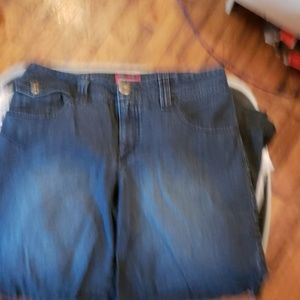 2/$15 Faded Glory blue Jean shorts
